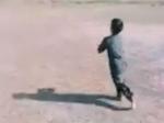 பும்ராவின் பந்துவீச்சை பின்பற்றும் 5 வயது பாகிஸ்தான் சிறுவன்.. அற்புதமான உணர்வு