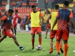 ISL 2019 : வெளியேறும் நிலையில் புனே அணி.. பிளே-ஆஃப் போகுமா ஜாம்ஷெட்பூர்?