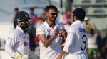 பகலிரவு போட்டியில 11 விக்கெட் எடுத்த முதல் வீரர் அக்சர்... ஆட்ட நாயகனாக தேர்வு!