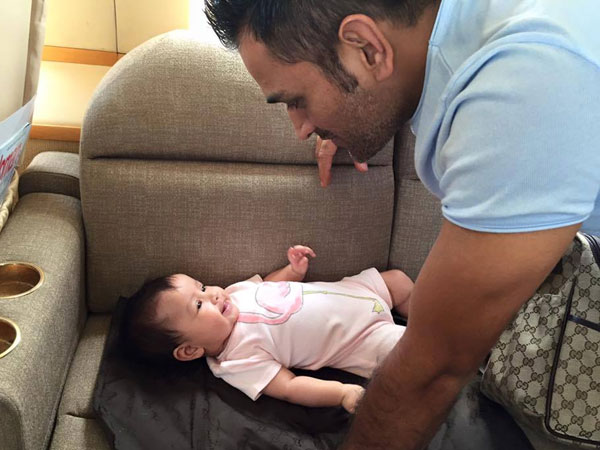 Dhoni Shares New Photos Daughter Ziva