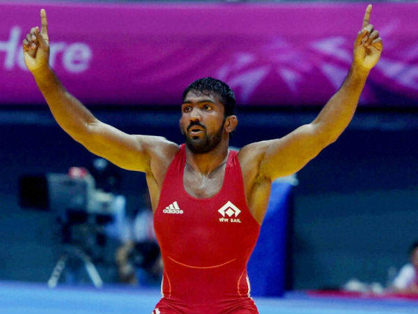 Yogeshwar refuses to take London silver medal, wants deceased wrestler's family to keep it