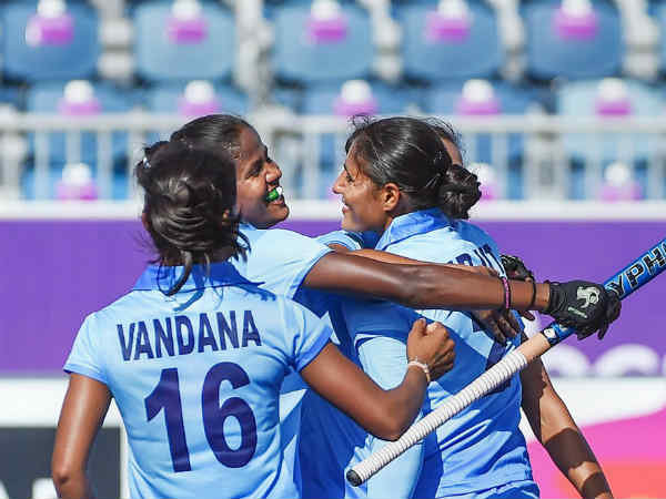Indian womens team beat olympic champion in the CWG hockey