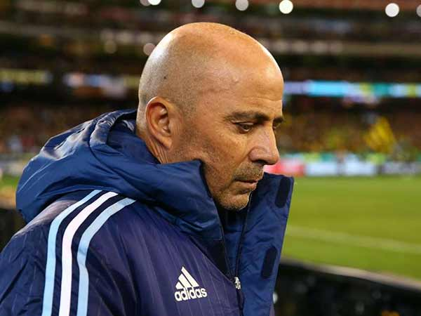 Argentina Players Angry Over The Coach Sampaoli For His Poor Tactics And Statements About Players