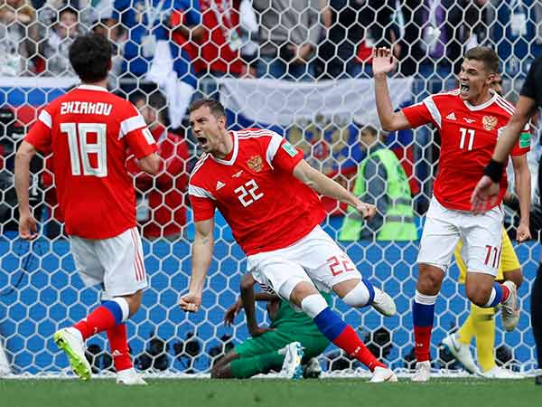 Russia wins their first match in the Fifa world cup