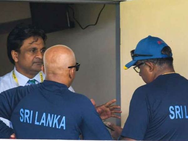Lankan Players Refuse Come Batting Against Wi