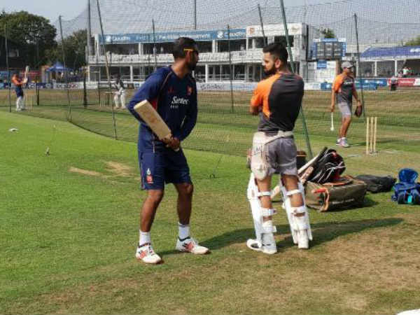 Virt kohli and varun chopra met after 12 years