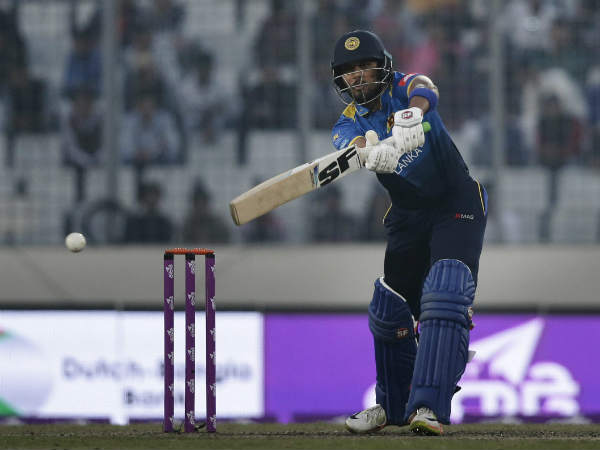 Dinesh chandimal not part of asia cup due to finger injury