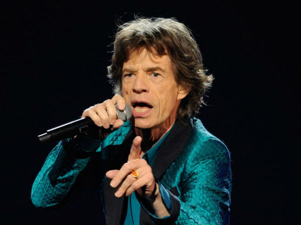 Singer Mick Jagger donate 20000 Euros for every century or 5 wickets in oval test