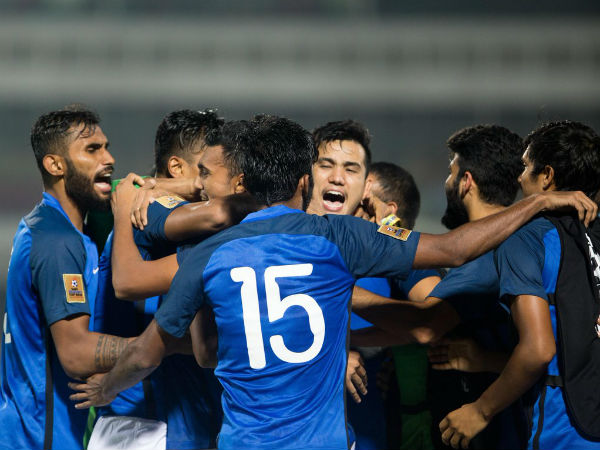 Saff Cup 2018 Brace Manvir Singh Helps India Oust Pakistan Make Final