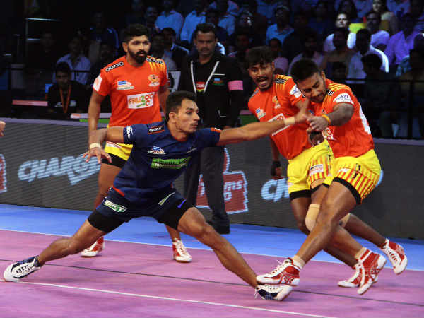 Pro Kabaddi League 2018 Pkl2018 Haryana Steelers Defeat Gujarat And Dabang Delhi Beat Puneri Paltan