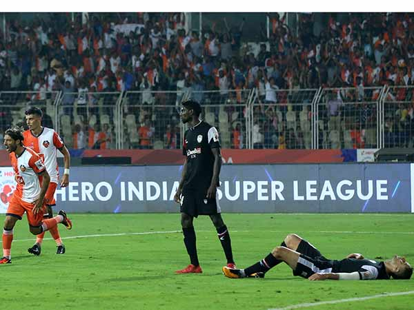 Isl 2018 Fc Goa Beat North East United Fc 5 1 The League Match