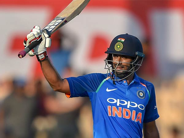 India Vs Newzealand Ambati Rayudu Overtook Dhoni In Average