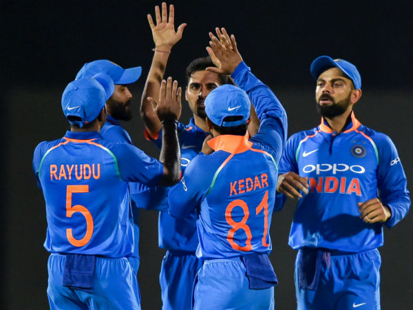 India Vs Australia India Lost Top Order Cheaply First Odi