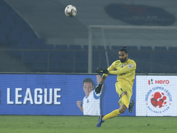 ISL 2019 - Who will win the Golden Glove award of this season?