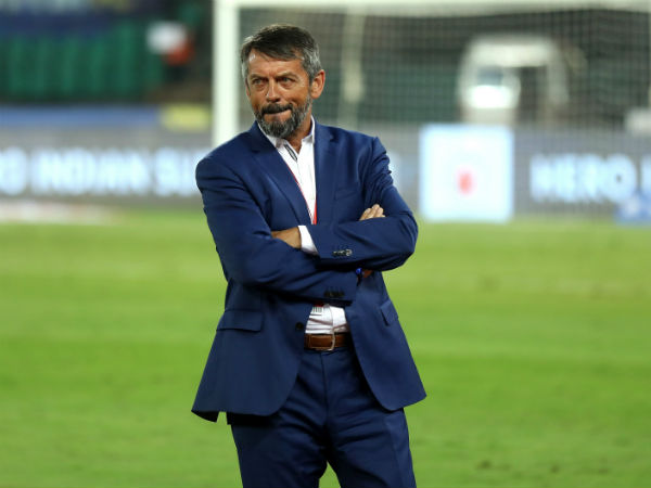 Isl 2019 Phil Brown Impact Fc Pune City