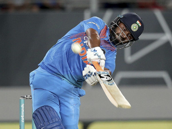 Will Dinesh Karthik Risahbh Pant Both Get Chance World Cup