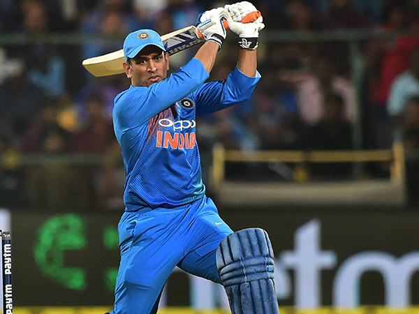 Anil Kumble Says Dhoni Should Bat At No 4 Position