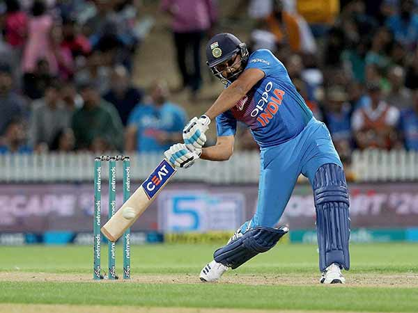 India Vs Australia 5th Odi Rohit Sharma Crossed 8000 Runs In Odi