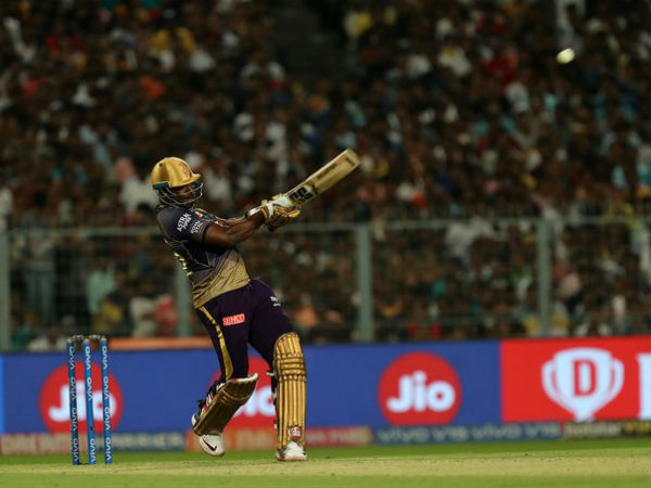 Russell Hits 2 Sixes In A Same Over With Same Style Against Delhi Capitals