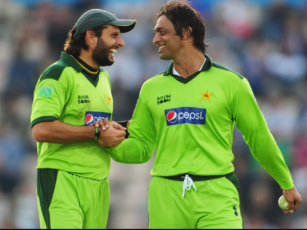Shoaib Akhtar supports Shahid Afridi, says treated harsh by seniors
