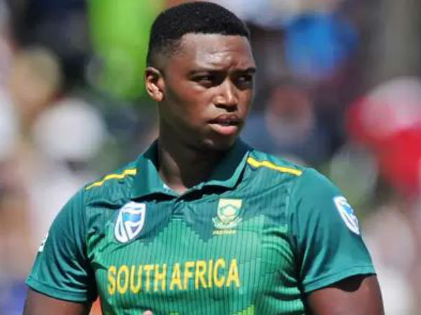 Sa Vs Ban Cricket World Cup 2019 Lungi Ngidi Got Injured And Ruled Out