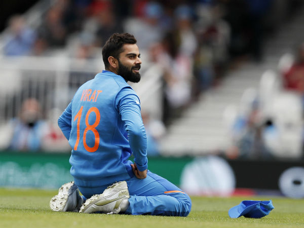 Kohli celebrates nicholls wicket video goes viral