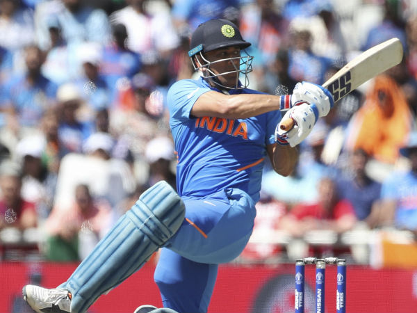 Dont Criticize Dhoni For World Cup Lose Says Bowling Coach Barath Arun