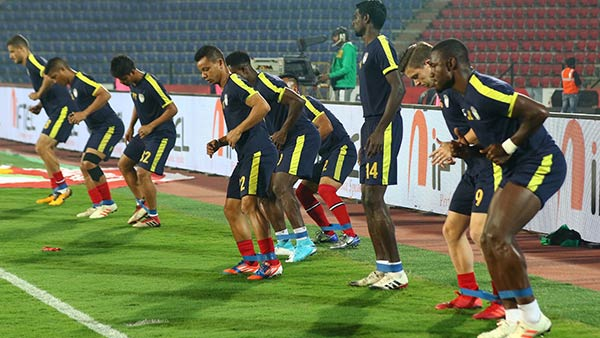 ISL 2019-20 : NEUFC new coach will face the challenge against Bengaluru FC