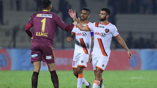 ISL 2019 - 20 : செம கோல் அடித்த கோவா.. ஹைதராபாத் அணியை வீழ்த்தி அபார வெற்றி!