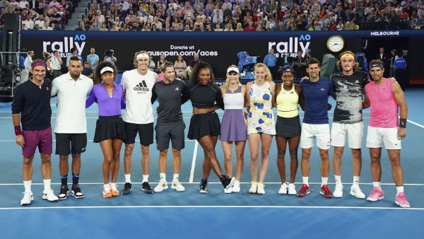 Australian Open Serena Williams Starts Her Innings With Easy Victory