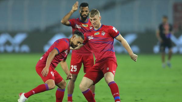 ISL 2019-20 : கெத்து காட்டப் போகும் அணி எது? பெங்களூரு - ஏடிகே இடையே பரபர மோதல்!