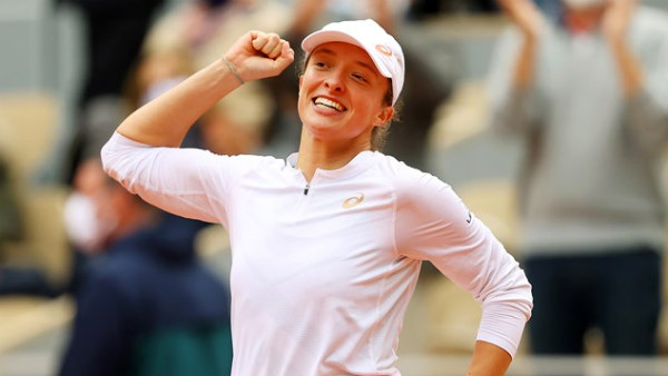 French Open 2020 19 Year Old Iga Swiatek Won French Open Title
