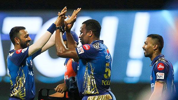 DC vs MI : பாண்டியா இல்லையா? மும்பை இந்தியன்ஸ் அணியில் பரபர மாற்றம்.. இதுதான் காரணம்!