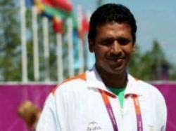 Sports Aita Is Misusing Power Teach Me Lesson Mahesh Bhupathi