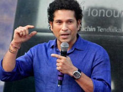 Tendulkar Recalls Careful Moment Holding Don Bradman S Bat