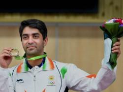 Indian Men S Team Win Bronze 10m Air Rifle Bronze Bindra