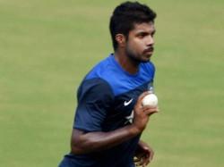 Indian Management Headach Over Varun Aaron Injury