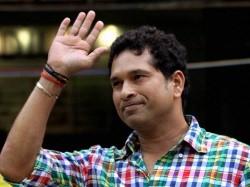 World Cup Win Tendulkar Reveals He Listened Same Hindi Song For 7 Days