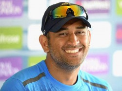 No Valentine S Day Dhoni This Year
