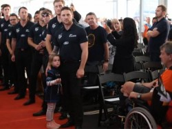 Black Caps Fans Welcome Home Returning World Cup Heroes Auckland Video