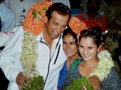 Sania Returns Home Heroine S Welcome After Wimbledon Triumph