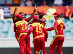 Zimbabwe Beat New Zealand 7 Wickets