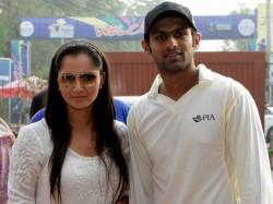 Inspired Wife Sania Mirza Shoaib Malik Scores Ton On Test Return