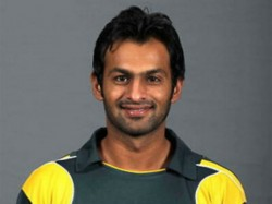 Shoaib Malik Announces Retirement From Tests