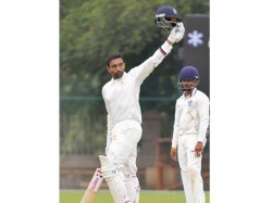 Robin Uthappa Hits Hat Trick Tons Equals Rahul Dravid S Record