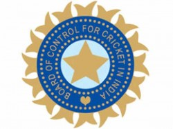 Bcci Revenue May Dip From Rs 2 000 Crore 400 Crore