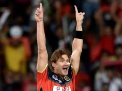 Watson Gave Away 24 Runs Bhuvaneshwar Kumar Defended 18 The Last Over