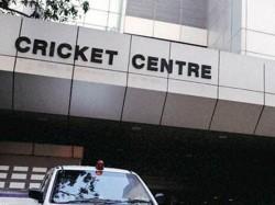Team India Coach Job Bcci Clarifies Hindi Speaking Is Not