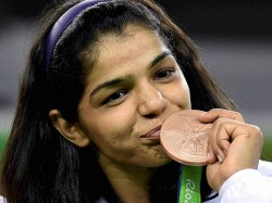 Sakshi Malik Wins Bronze India Get First Medal