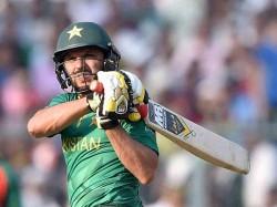 Pakistan Cricketer Shahid Afridi Announce Retires